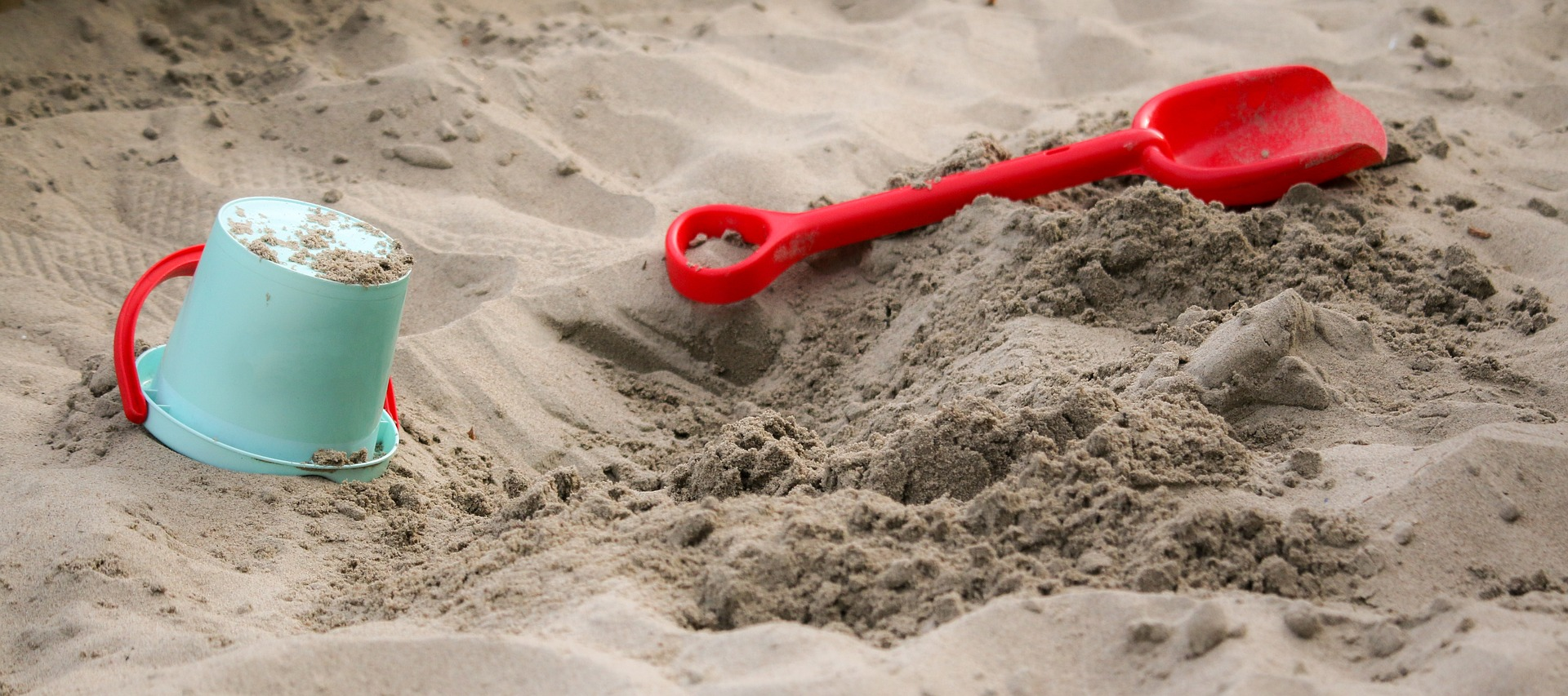 sandbox-1583289_1920 copy